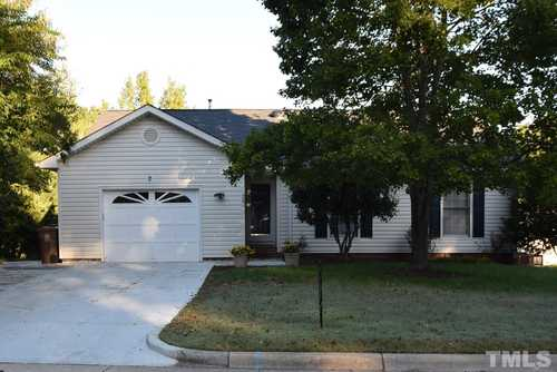$400,000 - 3Br/2Ba -  for Sale in Candlewood, Cary