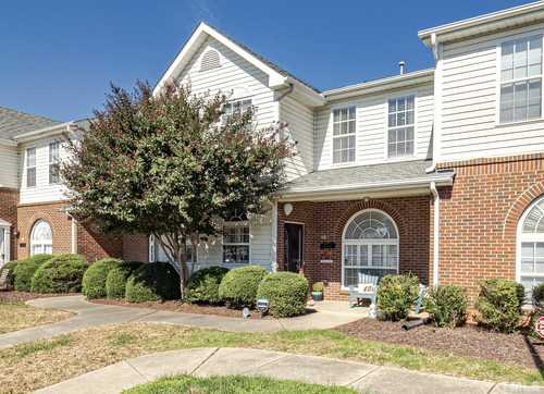 $230,000 - 2Br/3Ba -  for Sale in Breezewood, Raleigh