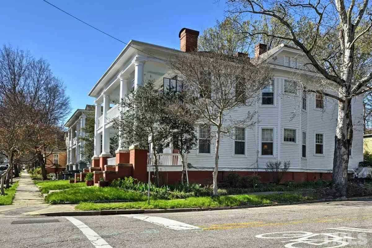 $2,295 - 2Br/2Ba -  for Sale in Historic Oakwood, Raleigh
