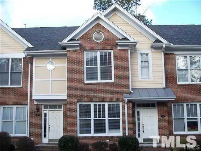 $2,000 - 3Br/4Ba -  for Sale in Ashton Hall, Raleigh