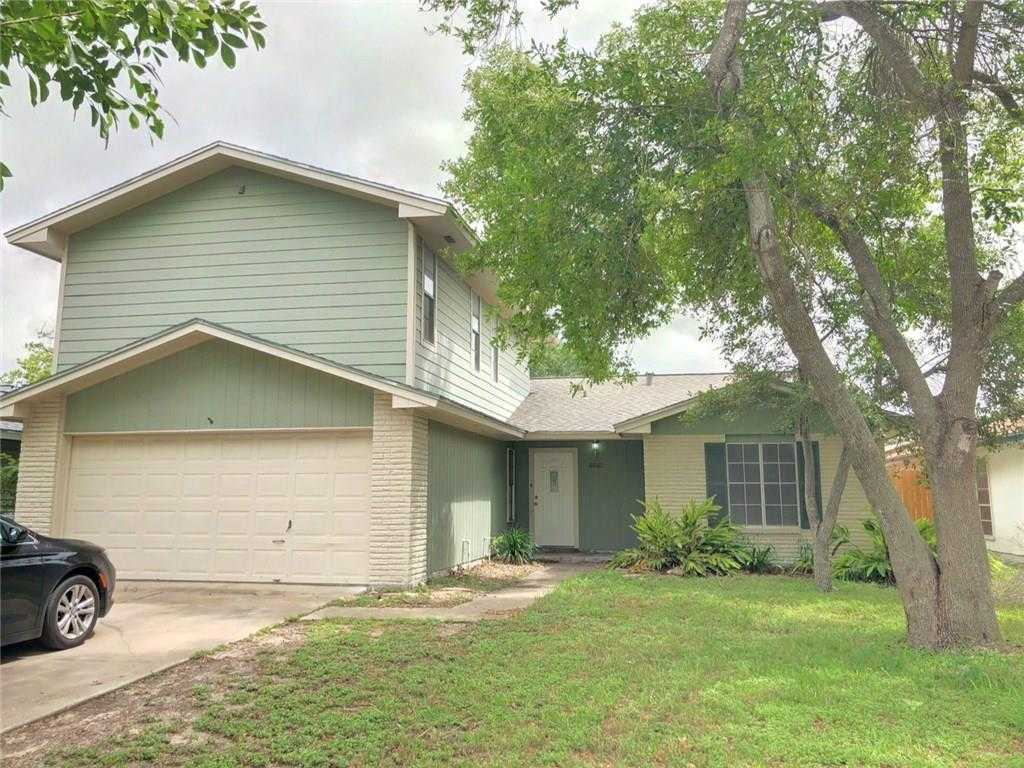 - 5Br/2Ba -  for Sale in Briarwood #3, Corpus Christi