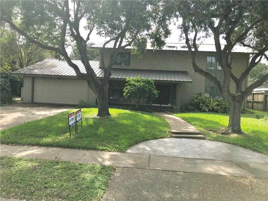 - 4Br/3Ba -  for Sale in Lee Manor, Corpus Christi