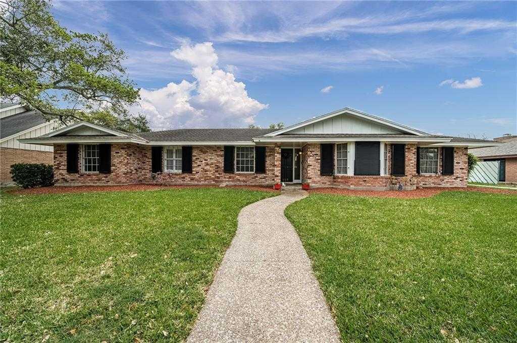$2,500 - 4Br/3Ba -  for Sale in Surfview Estates, Corpus Christi