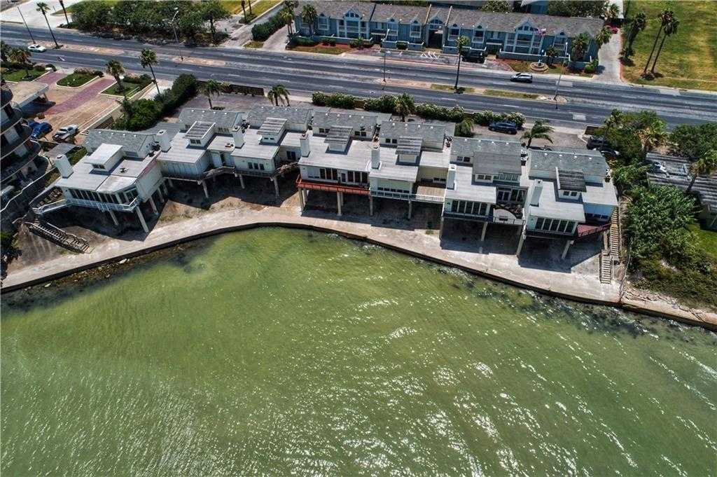 $3,000 - 3Br/3Ba -  for Sale in Somos Siete Condo, Corpus Christi