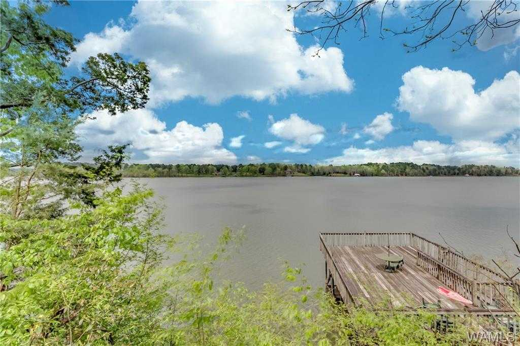 $579,000 - 5Br/3Ba -  for Sale in April Sound, Northport